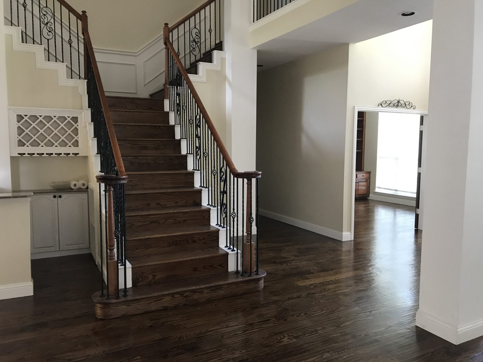 Installing quality hardwood flooring & stairs in Plano, TX