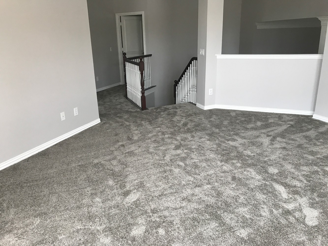 New carpet, tile & paint in Plano, TX