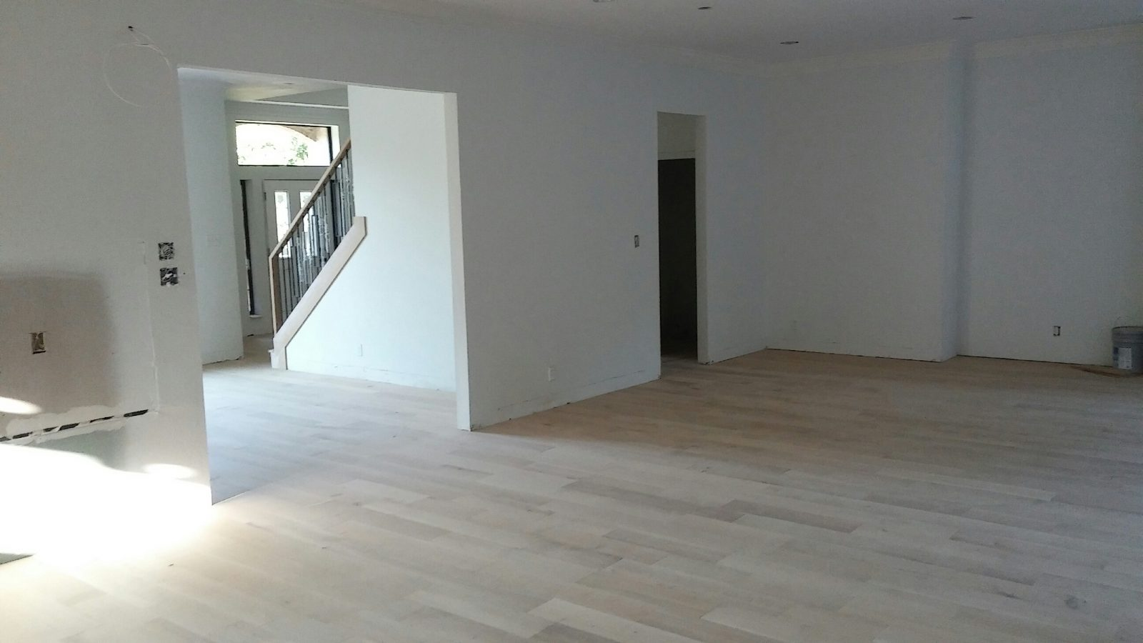 Unfinished Seven Inch wide White oak Engineered wood