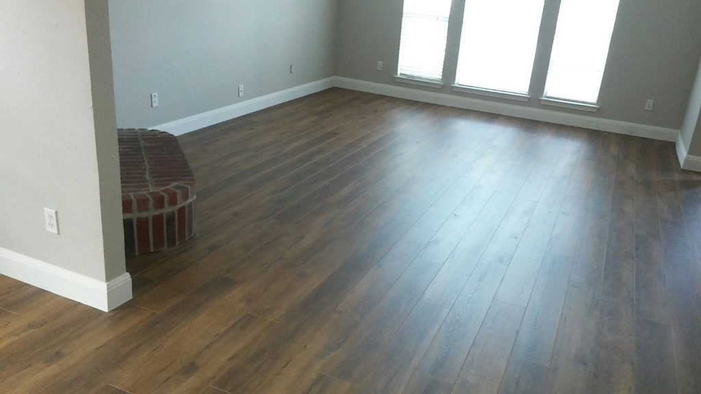 New Laminate Floors Baseboards And Paint Worth
