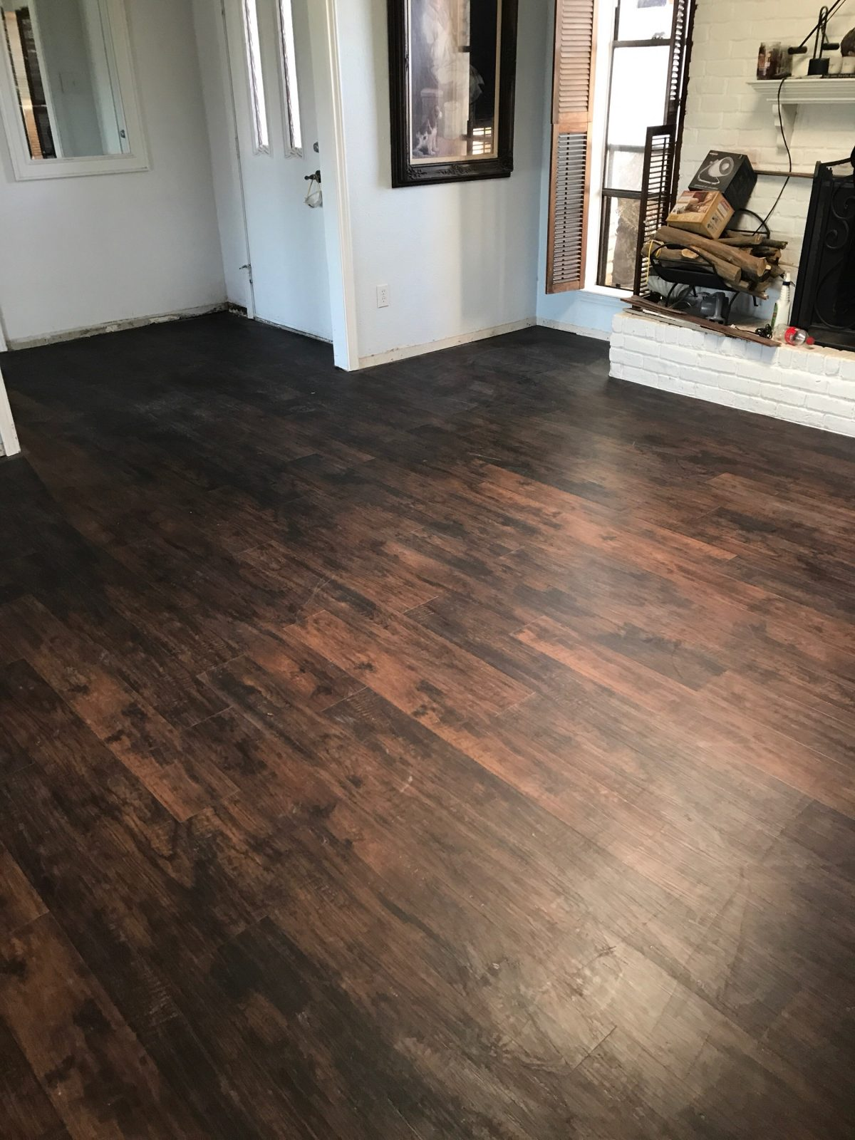 Wood like vinyl plank flooring